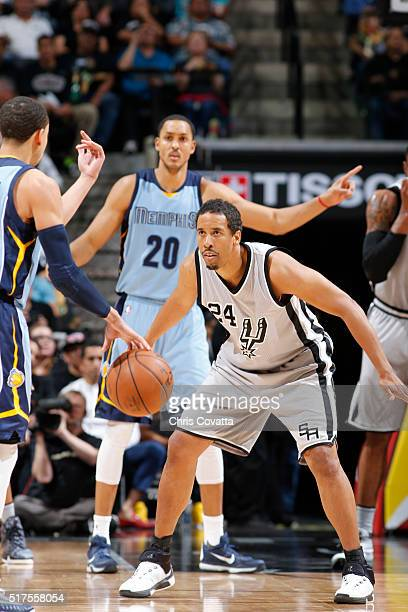 Andre Miller of the San Antonio Spurs plays defense against the Memphis Grizzlieson March 25 2016 at the ATT Center in San Antonio Texas NOTE TO USER...