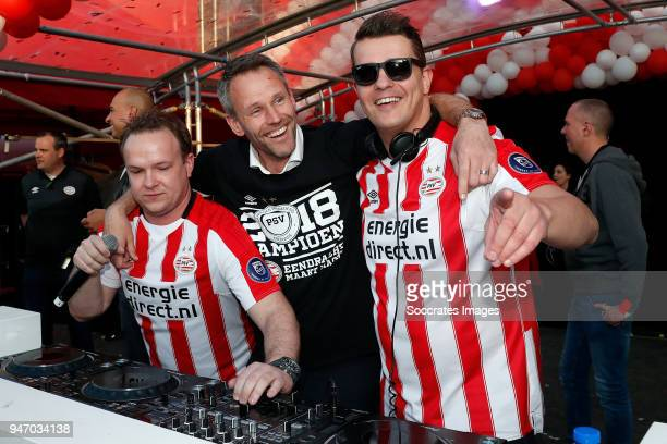 Andre Ooijer of PSV celebrates the championship during the PSV Championship celebration at the City hall on April 16 2018 in Eindhoven Netherlands