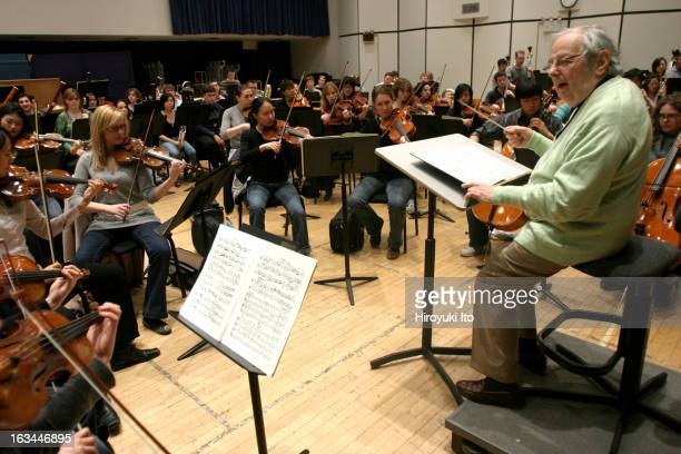 Andre Previn rehearsing Strauss's Symphonia Domestica with the Juilliard Orchestra at the Juilliard School on Monday morning April 9 2007