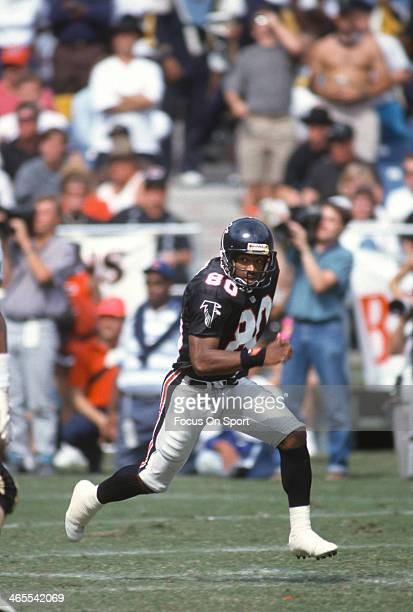 Andre Rison of the Atlanta Falcons in action against the New Orleans Saints during an NFL Football game September 29 1991 at AtlantaFulton County...