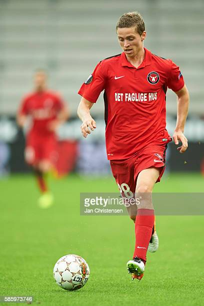 Andre Romer of FC Midtjylland controls the ball during the UEFA Europa League match between FC Midtjylland and Videoton FC at MCH Arena on August 04...