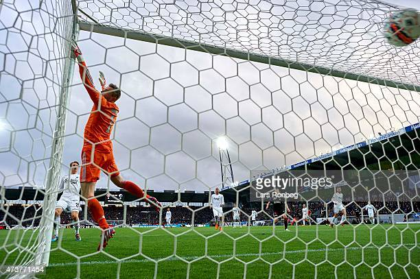 Andre Romer of FC Midtjylland scores the 10 goal against Goalkeeper Stephan Andersen of FC Copenhagen during the Danish Alka Superliga match between...