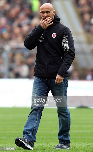 Andre Schubert, head coach of St. Pauli reacts during the Second Bundesliga match between St. Pauli and SC Paderborn at the Millerntor stadium on May...