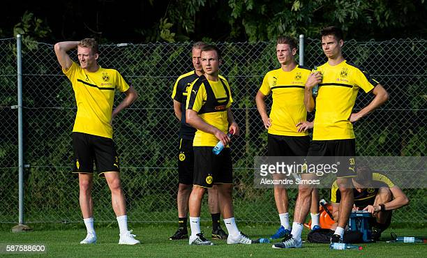 Andre Schuerrle Rainer Schrey Mario Goetze Lukasz Piszczek Julian Weigl of Borussia Dortmund during a training session on the training ground of Bad...