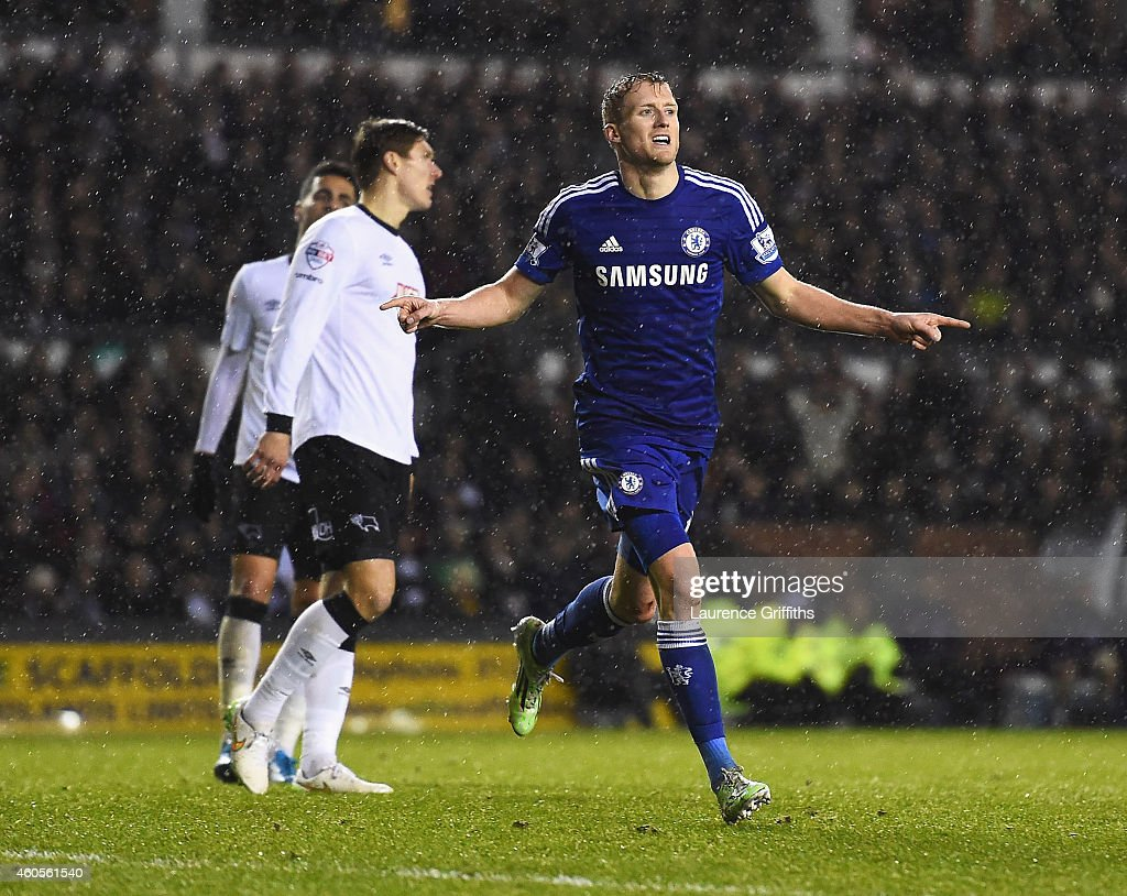 Derby County v Chelsea - Capital One Cup Quarter-Final : News Photo