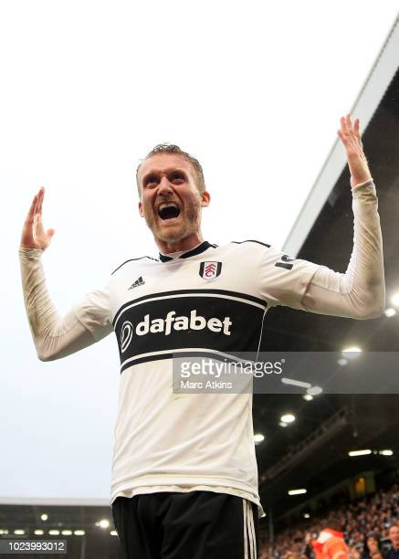 Andre Schurrle of Fulham celebrates scoring their 4th goal during the Sky Bet Championship match between Derby County and Preston North End at Pride...