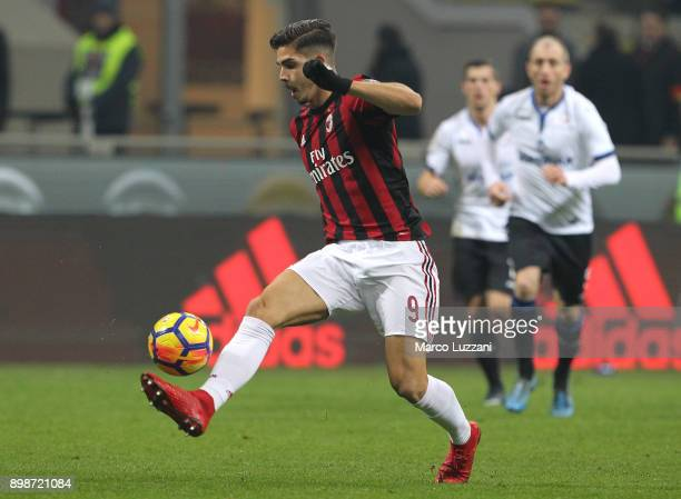 Andre Silva of AC Milan in action during the serie A match between AC Milan and Atalanta BC at Stadio Giuseppe Meazza on December 23 2017 in Milan...