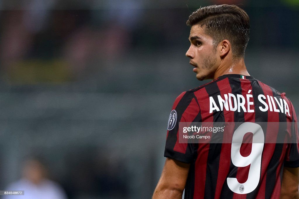 andre silva of ac milan looks on during the uefa europa league photo d 39 actualit getty images. Black Bedroom Furniture Sets. Home Design Ideas