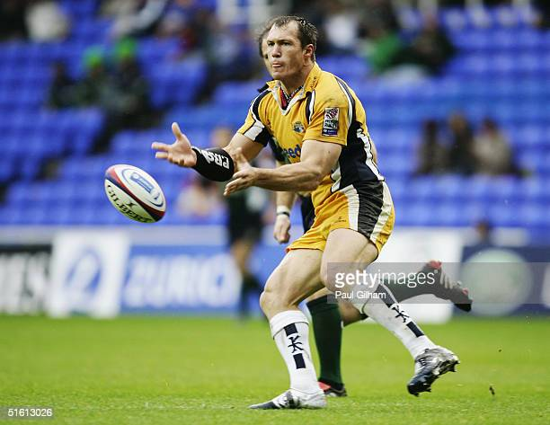 Andre Snyman of Leeds in action during the Zurich Premiership match between London Irish and Leeds Tykes at the Madejski Stadium on October 16 2004...