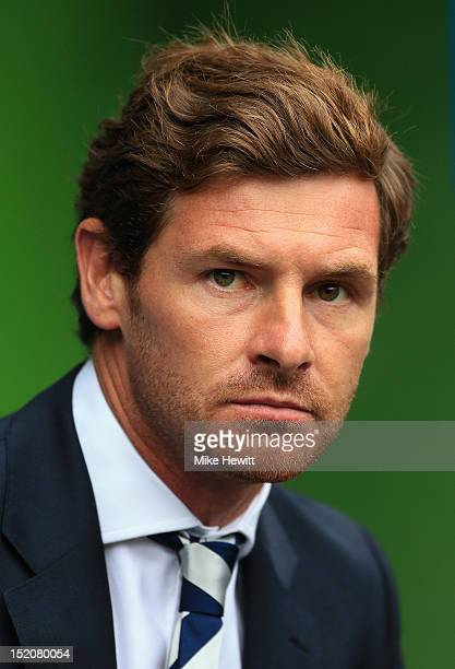 Andre VillasBoas manager of Tottenham Hotspur looks on during the Barclays Premier League match between Reading and Tottenham Hotspur at Madejski...