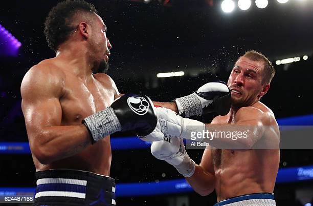 Andre Ward lands a left to the head of Sergey Kovalev of Russia during their light heavyweight title bout at TMobile Arena on November 19 2016 in Las...