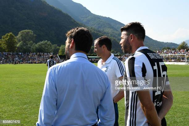Andrea Agnelli Massimiliano Allegri and Andrea Barzagli during the preseason friendly match between Juventus A and Juventus B on August 17 2017 in...