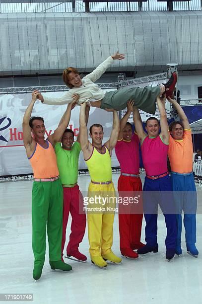 Andrea Ballschuh Bei Holiday On Ice Auf Der Ifa Am 290801