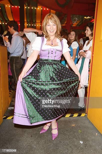 Andrea Ballschuh Beim Bavaria Film Stammtisch Im Hippodrom Beim Oktoberfest In München