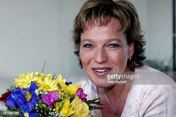 Andrea Ballschuh, Berlin, Deutschland, Europa, Homestory, , Schauspielerin, Blumen,