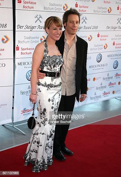 Andrea Ballschuh Ehemann Jem Atai Gala Verleihung 'Steiger Award 2008' Bochum NordrheinWestfalen Deutschland Europa 'Jahrhunderthalle' roter Teppich...
