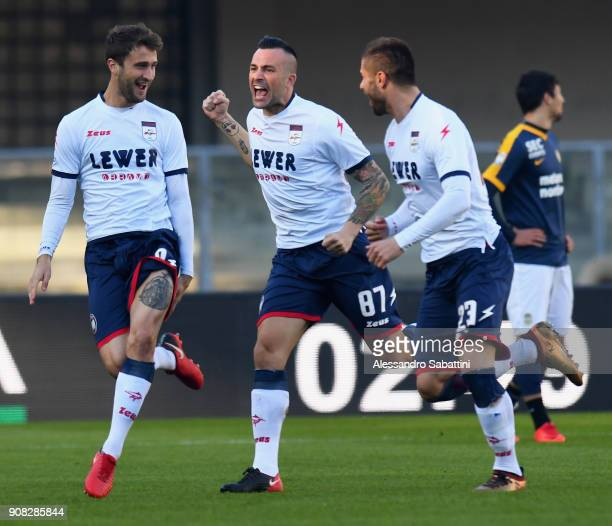 Andrea Barberis of FC Crotone celebrates after scoring the opening goal during the serie A match between Hellas Verona FC and FC Crotone at Stadio...