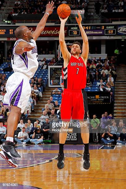 Andrea Bargnani of the Toronto Raptors shoots the ball over Carl Landry of the Sacramento Kings on March 10 2010 at ARCO Arena in Sacramento...