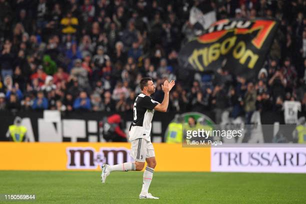 Andrea Barzagli of Juventus acknowledges the crowd as he says farewell during the Serie A match between Juventus and Atalanta BC on May 19, 2019 in...
