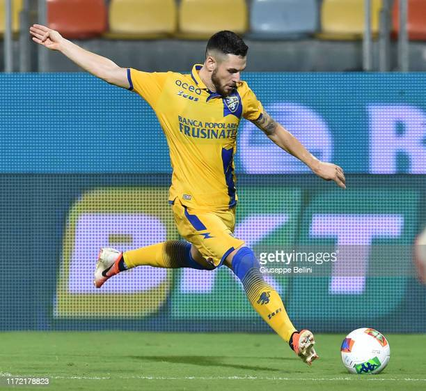 Andrea Beghetto of Frosinone in action during the Serie B match between Frosinone and Ascoli Calcio at Stadio Benito Stirpe on September 1, 2019 in...