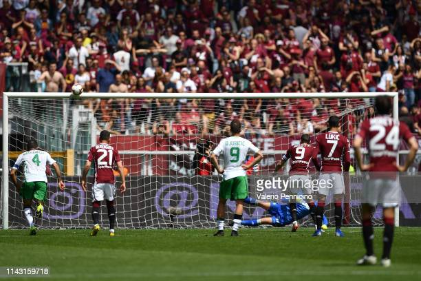 Andrea Belotti of Torino FC misses a penalty during the Serie A match between Torino FC and US Sassuolo at Stadio Olimpico di Torino on May 12, 2019...