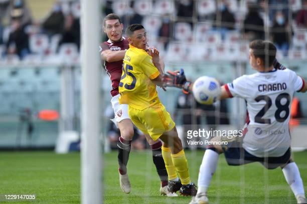 Andrea Belotti of Torino FC scores a goal during the Serie A match between Torino FC and Cagliari Calcio at Stadio Olimpico di Torino on October 18...