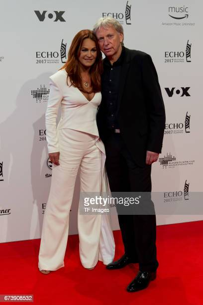 Andrea Berg mit Mann Ulrich Ferber on the red carpet during the ECHO German Music Award in Berlin Germany on April 06 2017