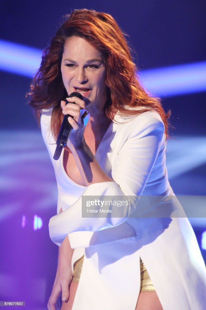 Andrea Berg performs at the TV Show 'Die Schlager des Jahres 2017' on November 25, 2017 in Suhl, Germany.