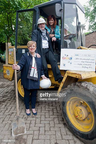 Andrea Berg Wolfram Kons and Karin Meincke visit the Stups Children Center for the RTL Charity Marathon on June 13 2012 in Krefeld Germany