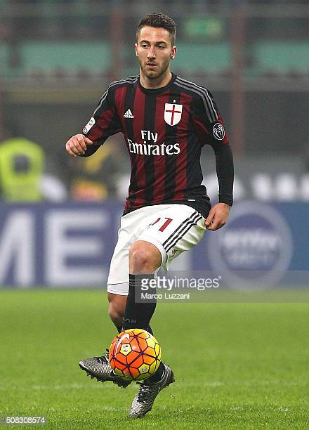 Andrea Bertolacci of AC Milan in action during the Serie A match between AC Milan and FC Internazionale Milano at Stadio Giuseppe Meazza on January...