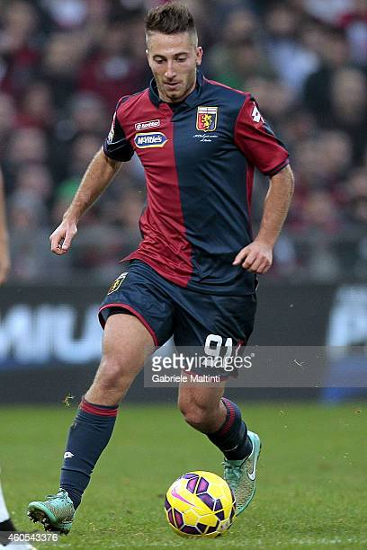 Andrea Bertolacci of Genoa CFC in action during the Serie A match between Genoa CFC and AS Roma at Stadio Luigi Ferraris on December 14 2014 in Genoa...