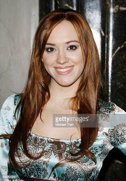 Andrea Bowen arrives to the Los Angeles premiere of 'Dr Seuss' How The Grinch Stole Christmas The Musical' held at the Pantages Theatre on November...
