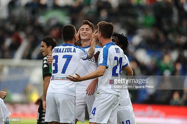 Andrea Conti of Atalanta BC celebrates after scoring his team's third goal during the Serie A match between US Sassuolo and Atalanta BC at Mapei...