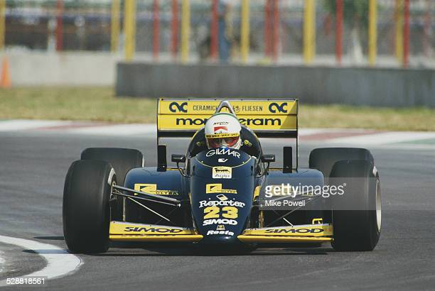 Andrea de Cesaris of Italy drives the Minardi Team Minardi M186 Motori Moderni Tipo 61590 V6 turbo during practice for the Mexican Grand Prix on 11th...