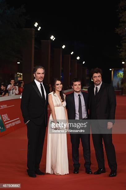 Andrea Di Stefano Claudia Traisac Josh Hutcherson and Benicio Del Toro attend 'Escobar Paradise Lost' Red Carpet during the 9th Rome Film Festival at...
