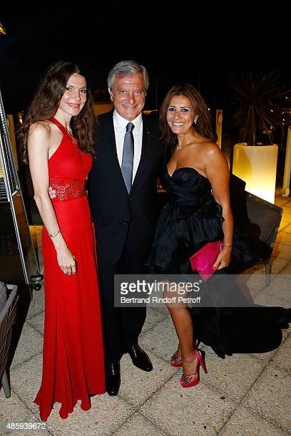 Andrea Dibelius Sidney Toledano et Asmae Izizi attend the Grand Bal de Deauville For Care France Association with Dior in Casino Barriere de...