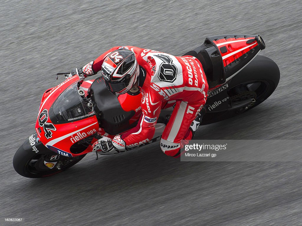 Andrea Dovizioso of Italy and Ducati Marlboro Team rounds the bend during MotoGP Tests in Sepang - Day Three at Sepang Circuit on February 28, 2013 in Kuala Lumpur, Malaysia.