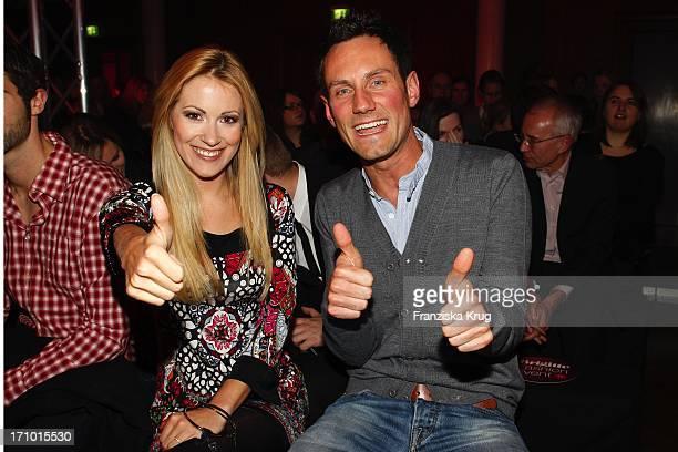 Andrea Kaiser Und Fero Andersen Beim Brigitte Fashion Event In Der Alten Kongresshalle In München