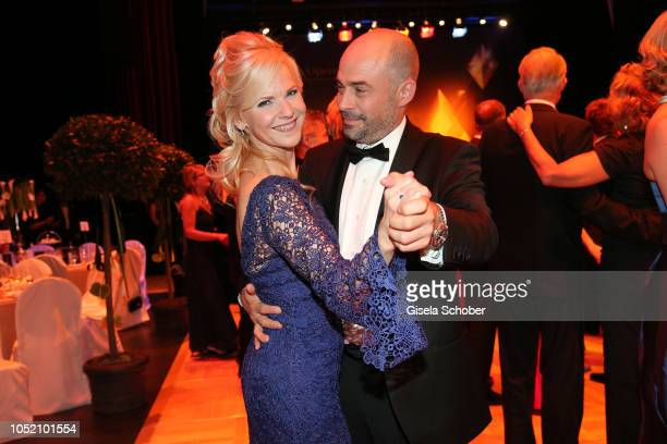 Andrea Kathrin Loewig and her boyfriend Andreas Thiele during the Leipzig Opera Ball 'Ahoj Cesko' on October 13 2018 in Leipzig Germany