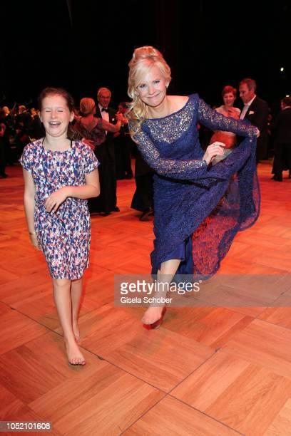 Andrea Kathrin Loewig and her film daughter Mathilde Fiedler during the Leipzig Opera Ball 'Ahoj Cesko' on October 13 2018 in Leipzig Germany