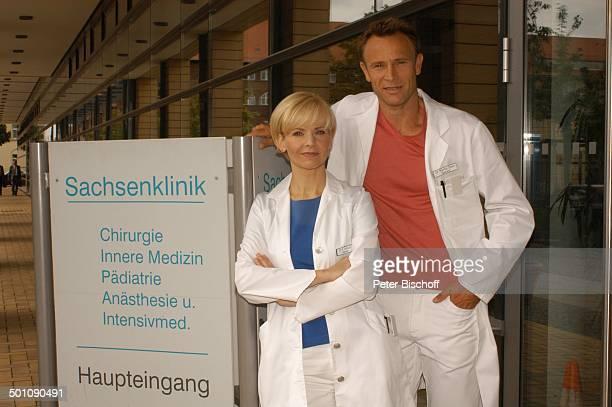 Andrea Kathrin Loewig Bernhard Bettermann ARDSerie In Aller Freundschaft vom MDR Special Was wirklich zählt Media City Leipzig Sachsen Deutschland...