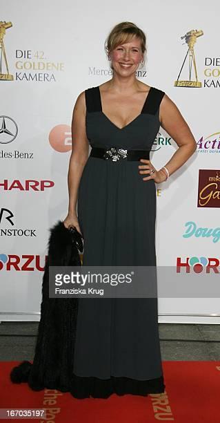 Andrea Kiewel Bei Der Verleihung Der 42 Goldenen Kamera In Der Ullstein Halle In Berlin Am 010207