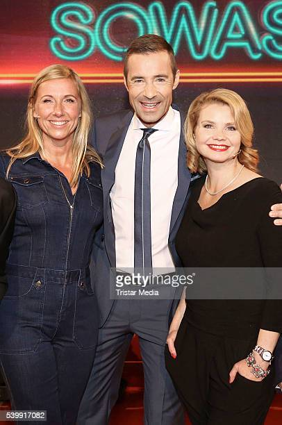 Andrea Kiewel Kai Pflaume and Annette Frier attend the 'Wer weiss denn sowas' TV Show Photo Call on June 13 2016 in Hamburg Germany