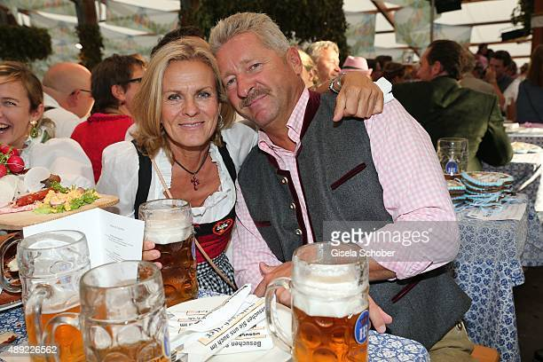 Andrea L'Arronge and her husband Charlie Reichenwallner during the Oktoberfest 2015 Opening at Hofbraeu beer tent at Theresienwiese on September 19...
