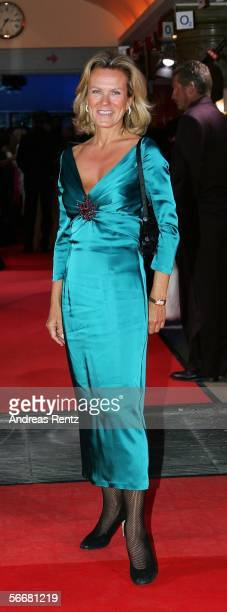 Andrea L'Arronge arrives for the Diva Awards at the Deutsches Theater on January 26 2006 in Munich Germany
