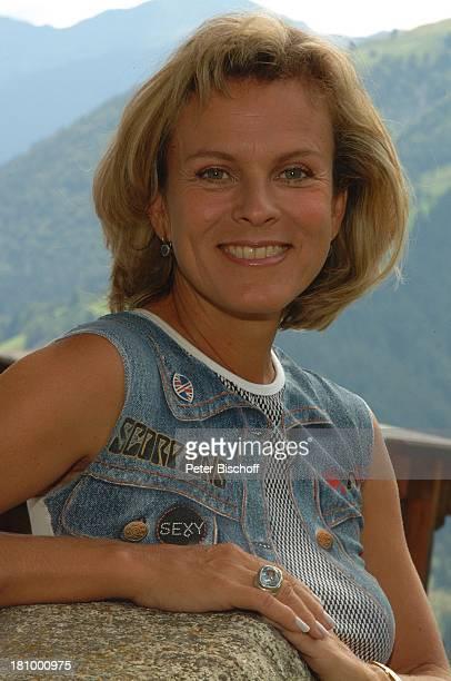 Andrea L'Arronge Portrait Porträt ZDFSerie Soko Kitzbühel Folge Die Braut und der Tod alter Titel Eine Hochzeit und ein Todesfall Kitzbühel/...