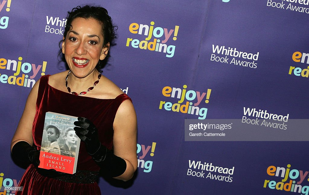 Whitbread Book Awards 2004 - Arrivals : News Photo
