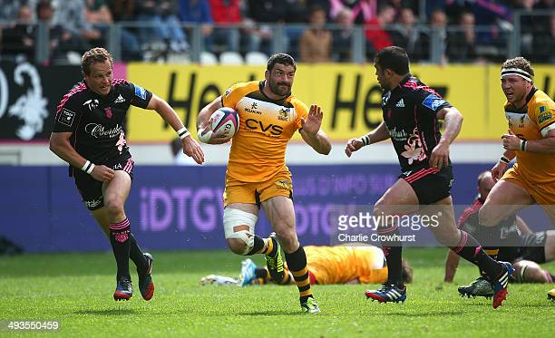 Andrea Masi of Wasps attacks during the European Rugby Champions Cup Playoff match between Stade Francais Paris and London Wasps at Stade JeanBouin...