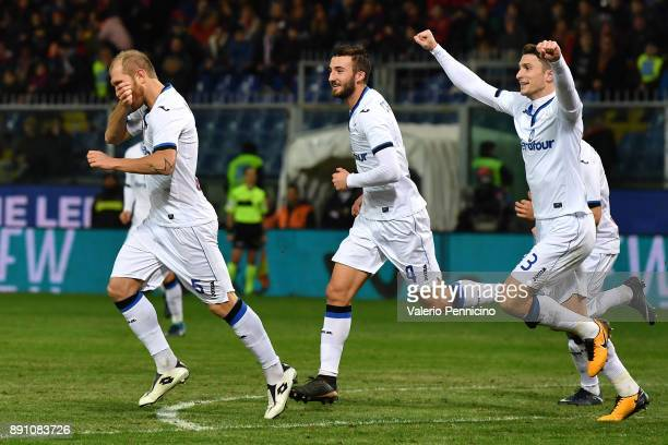 Andrea Masiello of Atalanta BC celebrates a goal during the Serie A match between Genoa CFC and Atalanta BC at Stadio Luigi Ferraris on December 12...