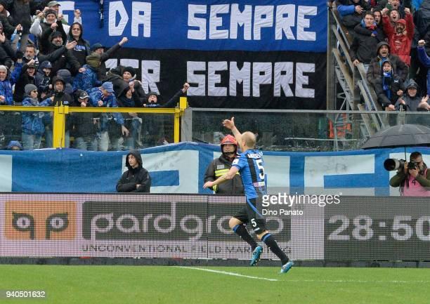 Andrea Masiello of Atalanta BC celebrates after scoring his team's second goal during the serie A match between Atalanta BC and Udinese Calcio at...